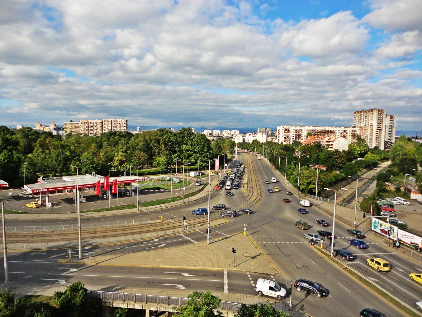 Интересно видео: Кръстовището на бул. Възкресение от покрива на Хотел Симона