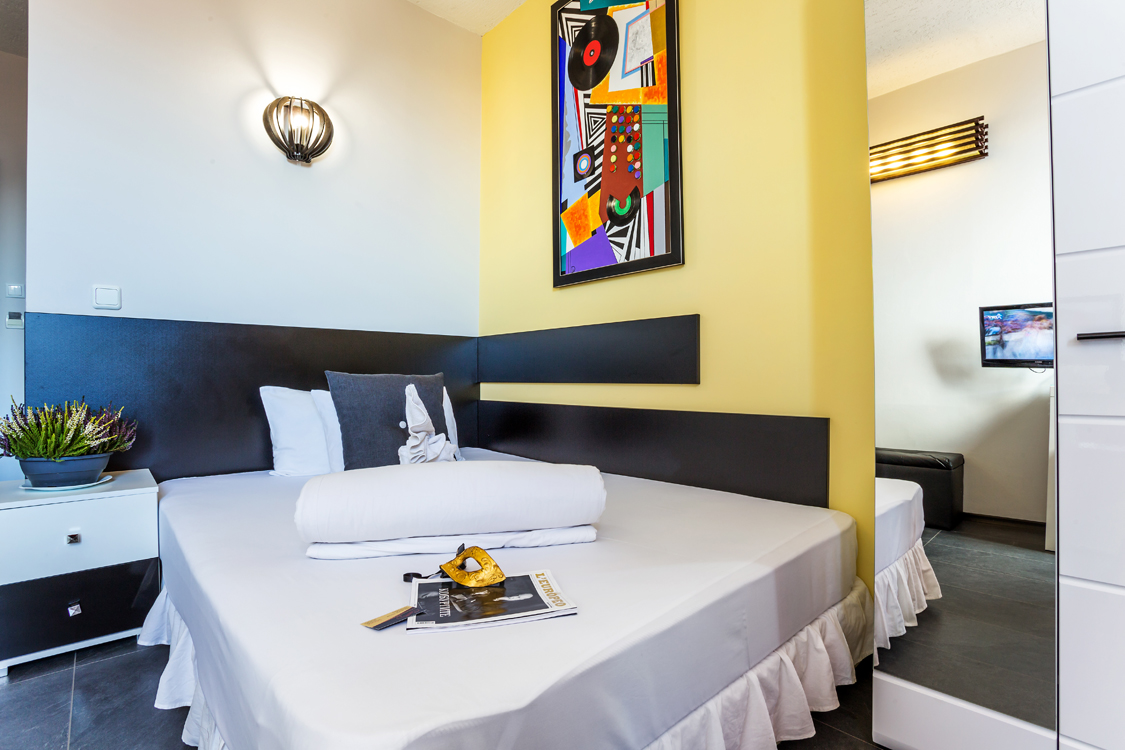 Gallery Art Hotel Simona | Hotels in Sofia | Accommodation in Art ...