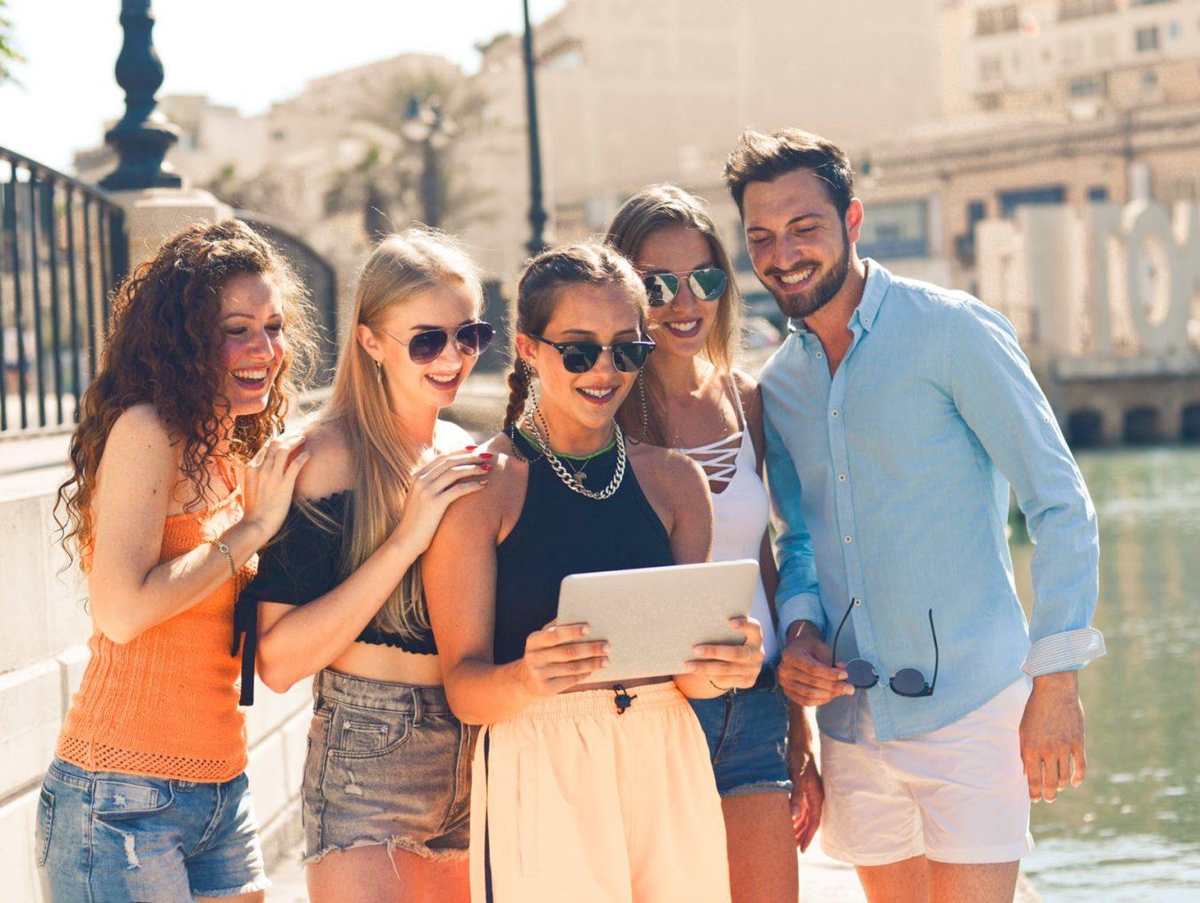Как да организираме перфектното пътуване с приятели