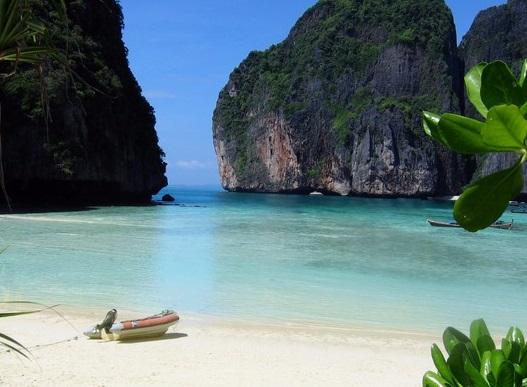 Топ 5 на най-известните плажове в киното