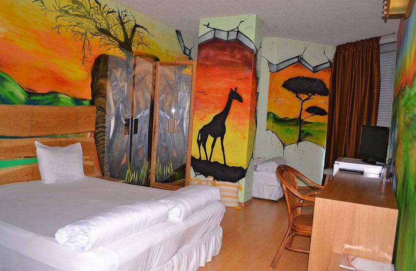 Тройна стая 509 в Арт Хотел Симона, София