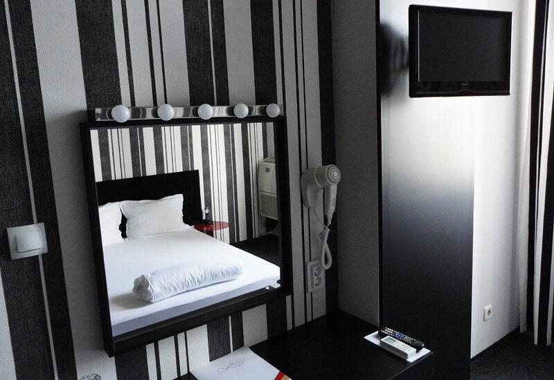 Единична стая 405 в Арт хотел Симона, София